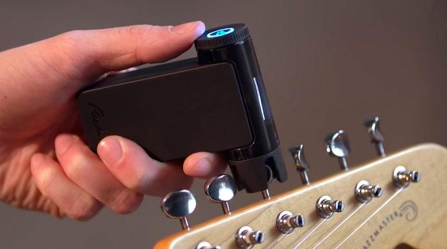 ¿Sabes cómo utilizar el afinador de guitarra? Musicopolix enseña a usarlo